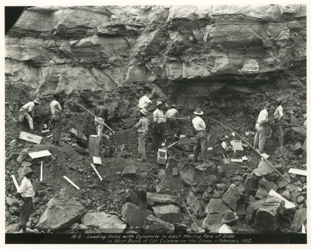 Dynamite men in Culebra Cut